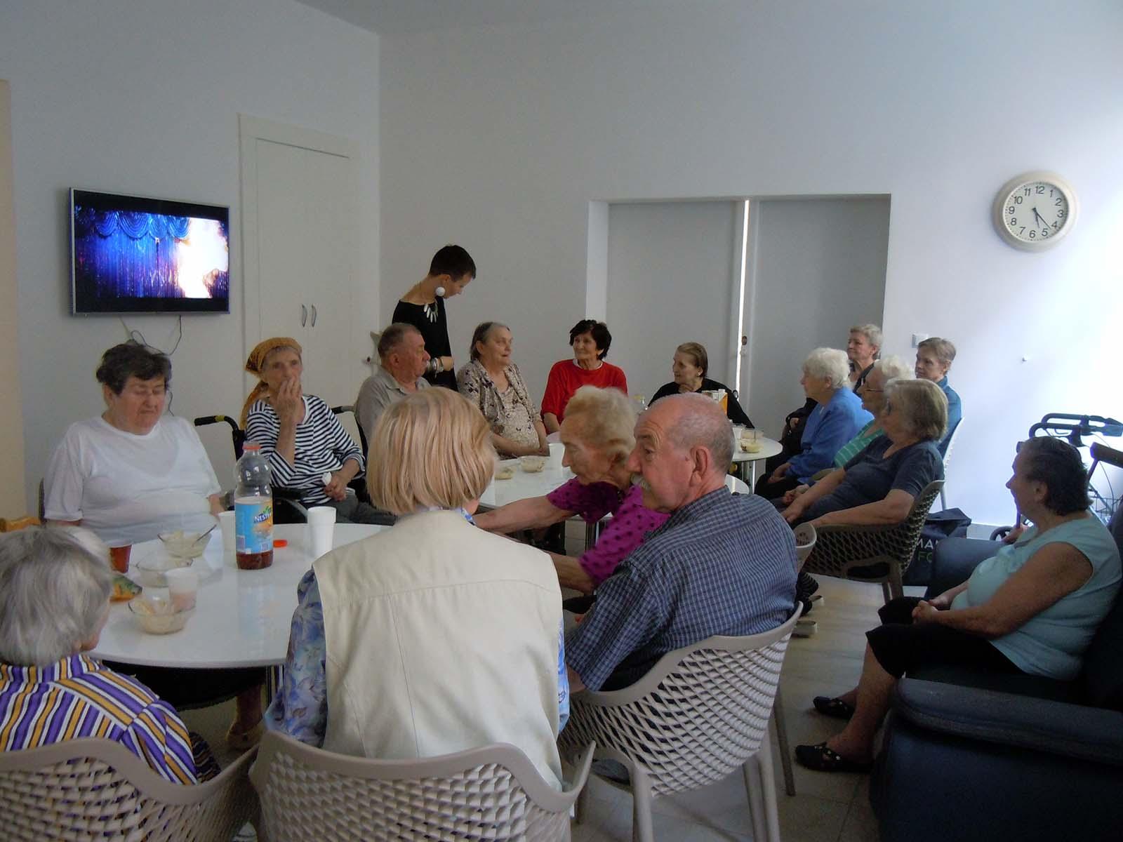 pomoć u kući starijim osobama zagreb